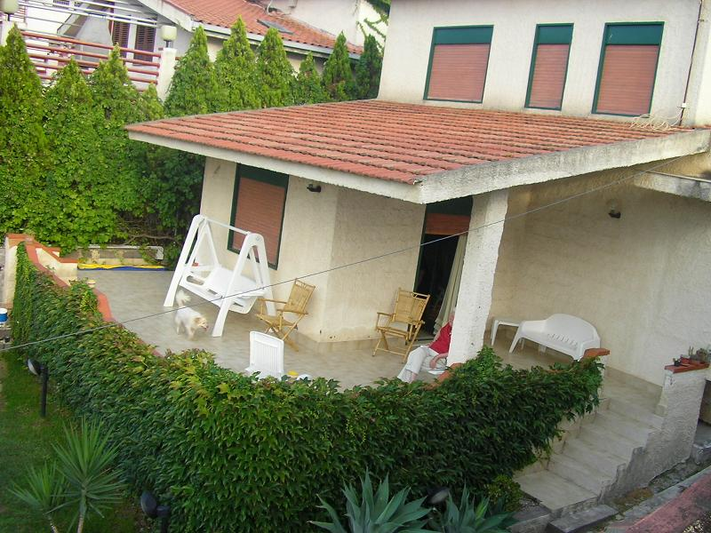 ... in Baia del Gambero, about 10 km from Augusta (near Siracusa) ideal for ...