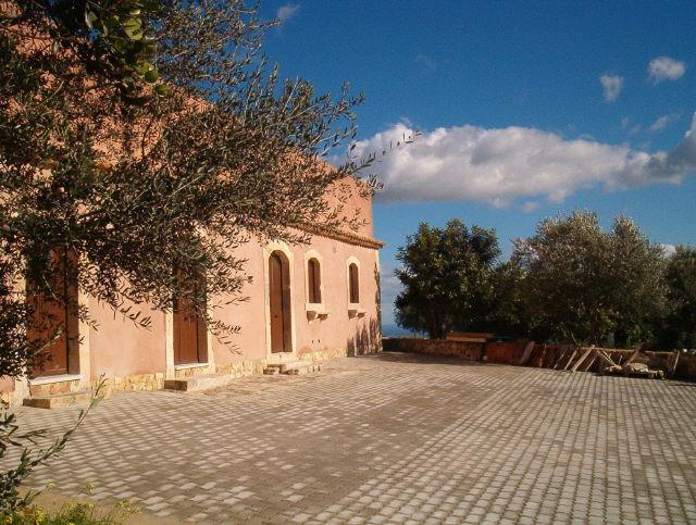 Vacanza noto casa del timo noto casa vacanza for Piani di casa di roccia del fiume
