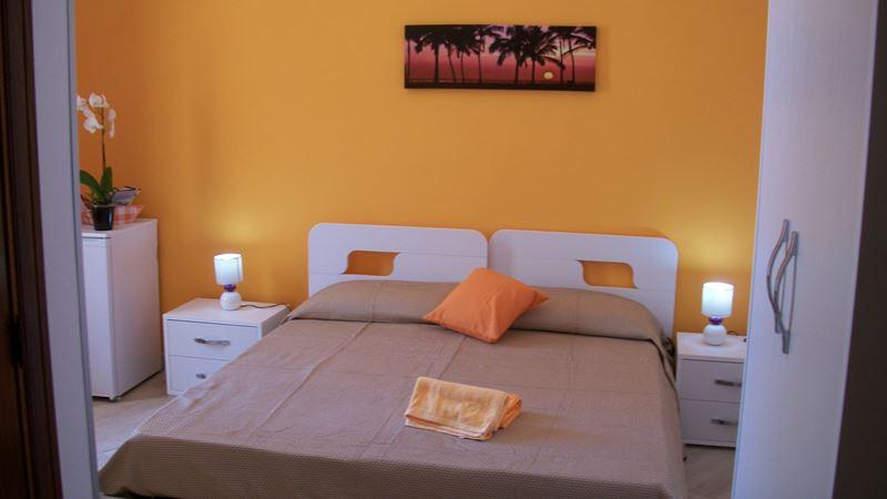 vacances in sicile g g mare san vito san vito lo capo bed and breakfast. Black Bedroom Furniture Sets. Home Design Ideas