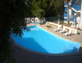 casa a Marina di Ragusa con piscina