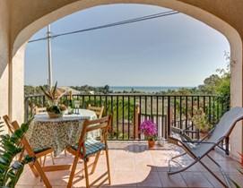 La veranda sul mare in Sicilia