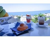 Vacanza su misura Hotel La Scogliera sul mare