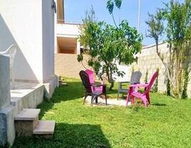 Villa rosso corallo a Punta Secca Montalbano