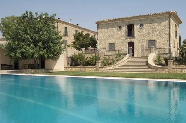 Agriturismo gigliotto 2018 farmhouse in sicily caltagirone - Agriturismo avola con piscina ...